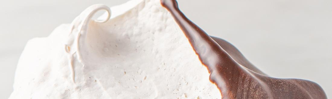 Vanilla Meringues Choc Header