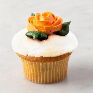 My Most Favorite Vanilla Rose Design Cupcake